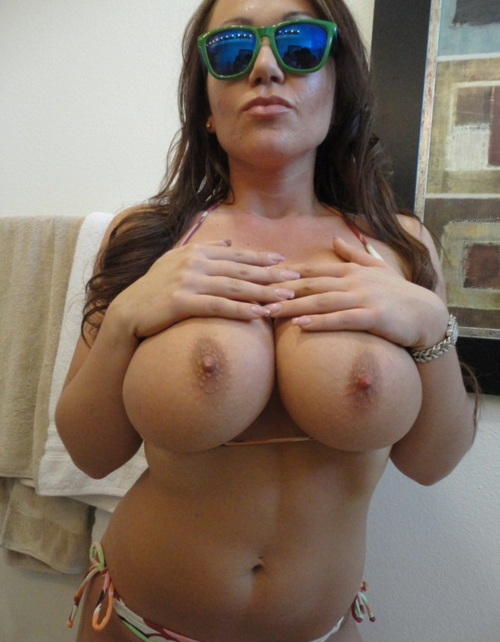 Big tits of the day